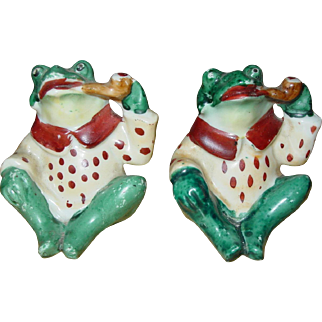 Vintage Frog Salt and Pepper Shakers 1940's Smoking Pipe Sitting Pair Japan