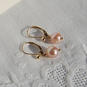 Lovely 14K Gold Pink Pearl Dangle Earrings