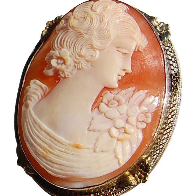 Vintage Flapper Large Hand Carved Shell Cameo Brooch