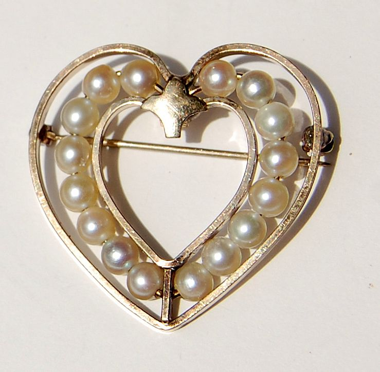 Vintage Van Dell Gold Filled Faux Pearl Heart Shape Brooch
