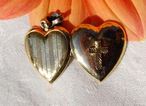 Vintage 12K Gold Filled Puffy Heart Locket 14K Cross
