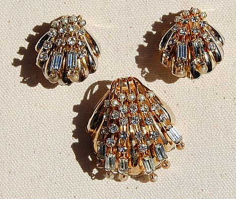 Vintage Gold Tone Metal Rhinestone & Faux Pearl Shell Motif Brooch & Clip Earrings
