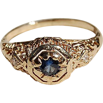 Art Deco 14K Gold Filigree Sapphire & Diamond Ring