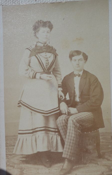 Antique Victorian Cabinet Card Young Couple
