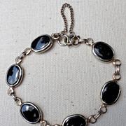 Vintage Gold Tone Metal & Faux Black Onyx Link Bracelet