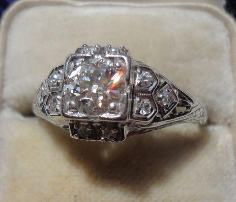 Vintage Art Deco 18K Gold European Cut Diamond Engagement Ring
