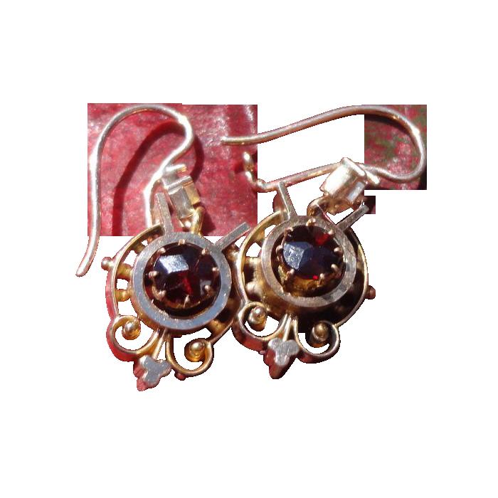 Gorgeous Victorian Garnet Dangle Earrings