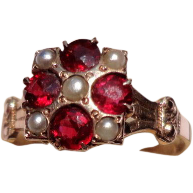 Victorian 10K Gold Garnet & Seed Pearl Ring