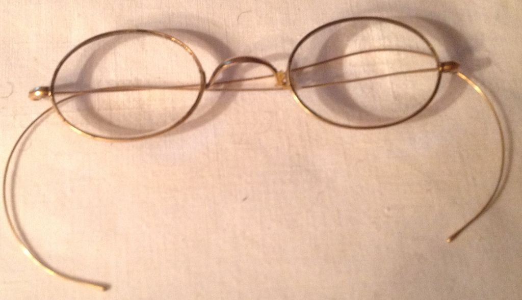 Vintage Gold Filled Rimmed Wire Eye Glasses