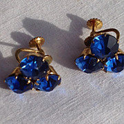 Vintage Screw Back Sapphire Blue Rhinestone Earrings