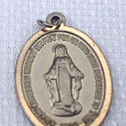 Vintage Silver Tone Virgin Mary Miraculous Medal