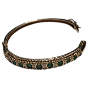 Beautiful Vintage 14K Yellow Gold Hinged Bangle Emerald & Diamond Bracelet