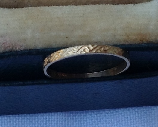Victorian 10K Gold Baby Band Ring