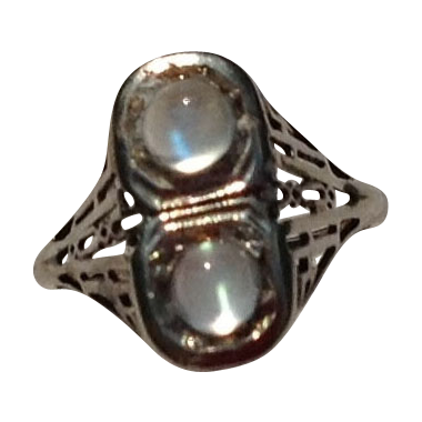 Vintage Art Deco 14K White Gold Filigree Double Moonstone Ring