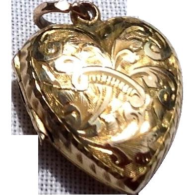 Beautiful Victorian 10K Gold Embossed Puffy Heart Double Photo Locket Pendant