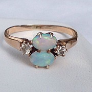 Vintage  14 K Gold Opal & Diamond Ring