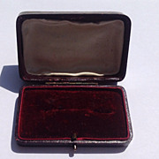 Vintage Leatherette Brooch Display Presentation Box