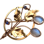 Vintage 14 K Gold 4 Carat Cabochon Moonstone Sapphire Brooch