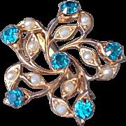 Vintage Coro Gold Tone Metal Teal Blue Rhinestone Faux Pearl Brooch
