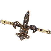Vintage 14 K Gold Fleur D Lis & Seed Pearl Brooch