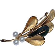 Vintage 14 K Gold Filled Wells Faux Pearl & Jade Brooch