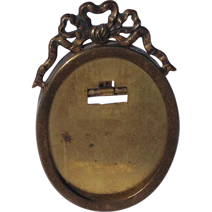 Vintage French Oval Brass Ribbon Bow Picture Frame