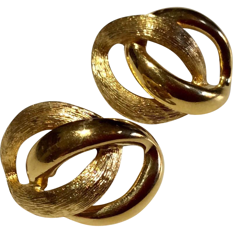 vintage classic gold tone metal earrings from