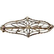 Vintage Art Deco 14 K  Pearl Filigree Brooch