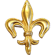 Vintage 10 K Gold Beaded Fleur D Lis Watch Pin Brooch