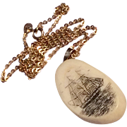 Vintage 14 K Gold Scrimshaw Pendant Necklace