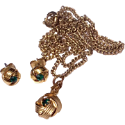 Vintage Gold Tone Metal Green Rhinestone Pendant Necklace & Earrings
