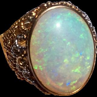Vintage 14 K Gold 10 Carat Australian Opal Domed Top Ring