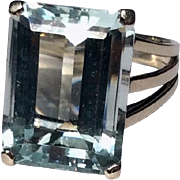 Vintage 1940's French 18 K White Gold 10 Carat Emerald Cut Aquamarine Statement Ring