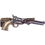 Vintage Six Shooter Revolver Tie Bar