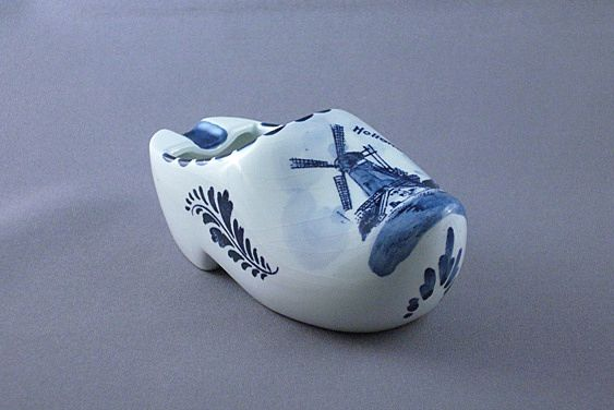 Ceramic Holland Delft Clog Ashtray