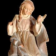 Santon Creche Praying Mary Hand Carving