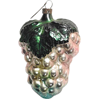 German Christmas Ornament Grape
