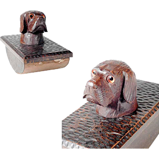 Wooden Blotter w. Adorable Knob Dog Head Shape