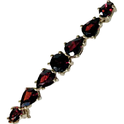 Elegant Bar Pin Brooch Bohemian Garnets Art Deco Era