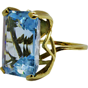 Blue Topaz Emerald Cut 10K Yellow Gold Ring Fine Vintage Extraordinary
