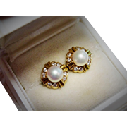 Gorgeous Diamond Pearl 18K Yellow Gold Stud Earrings Fine