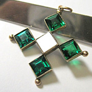 Edwardian 9K Yellow Gold Emerald Paste Pendant Fine