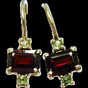 Pretty Garnet Peridot Sterling Silver Vermeil Drop Earrings Vintage