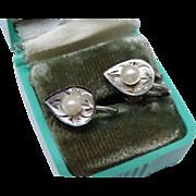 Lovely Cultured Pearl Sterling Silver Earrings Screw Backs Vintage