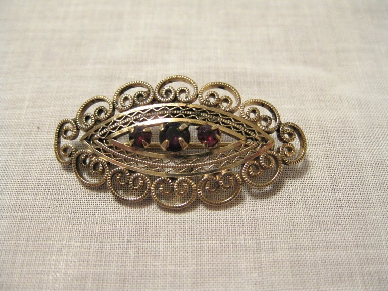 Vintage Signed Gold Fill & Garnet Brooch