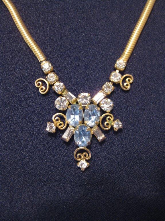 Vintage Signed Leo Glass Goldtone & Rhinestone Festoon Necklace