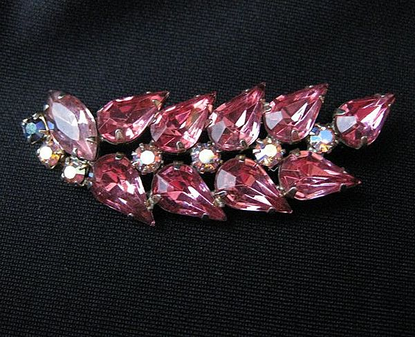 Vintage Juliana by D & E Pink Rhinestone Brooch