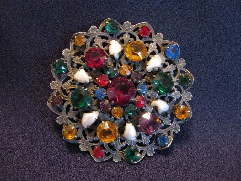 Large Vintage Filigree Brooch with Rhinestones & Baroque Pearls