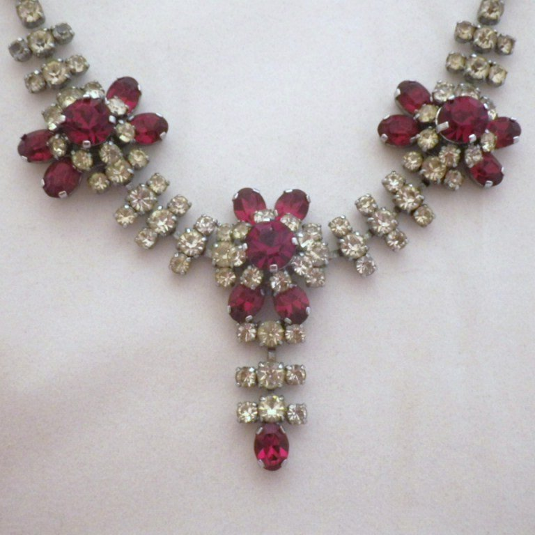 Vintage Silvertone, Clear & Ruby Red Rhinestone Festoon Necklace