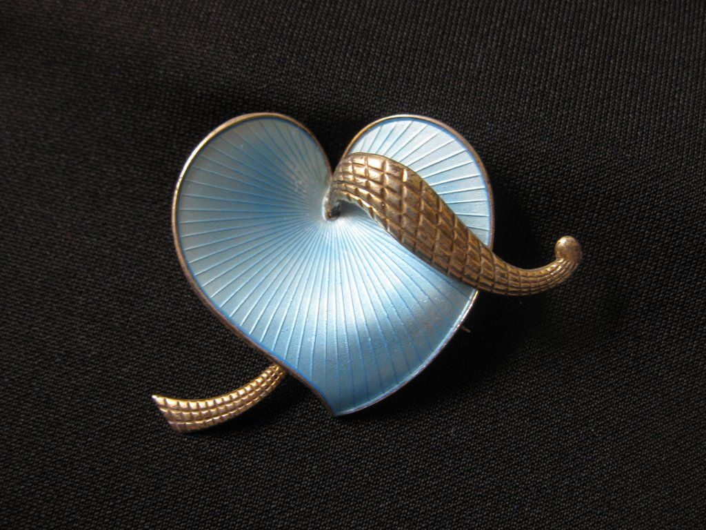 Vintage Signed Albert Scharning Norway Sterling Silver & Guilloche Enamel Heart Brooch